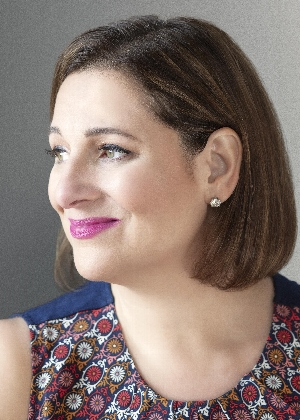 Jennifer Weiner | <i>Mrs. Everything</i>