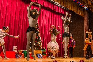Virtual Sundays on Stage: The Nutcracker by Pages to Pirouettes