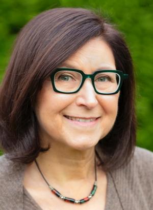 Monday Poets: Lynn Levin