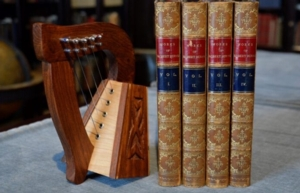 Virtual Behind the Bookcase | Highland Heart: The Music of Robert Burns