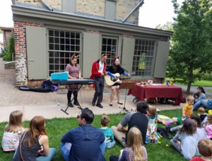 Kids' Outdoor Concert: The Foxy Doxies