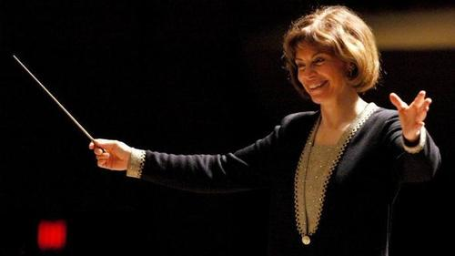 Acclaimed American conductor Maestra JoAnn Falletta