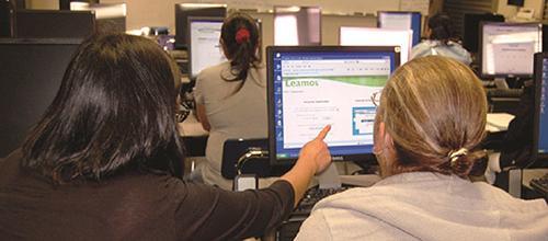 Leamos es un programa de alfabetización en español en línea/Leamos is an online Spanish literacy program