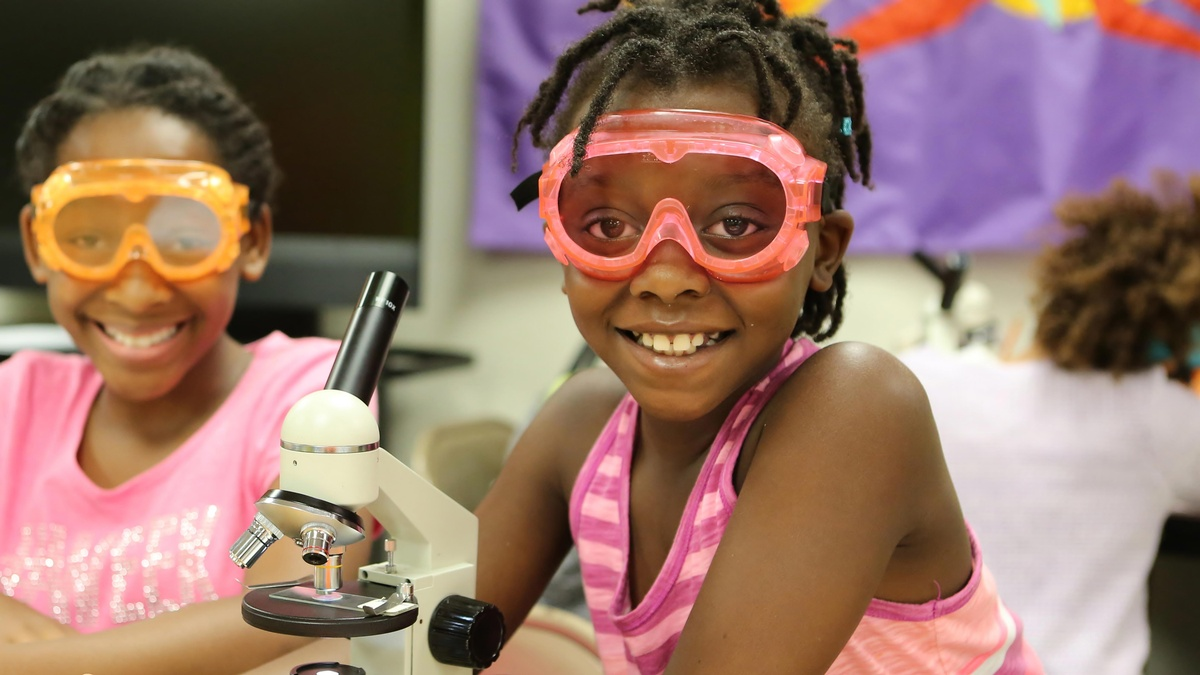 kids with microscope