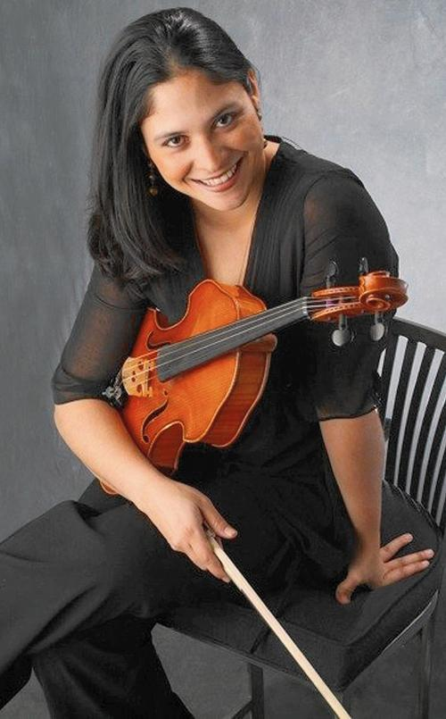 World-renowned violist Adriana Linares