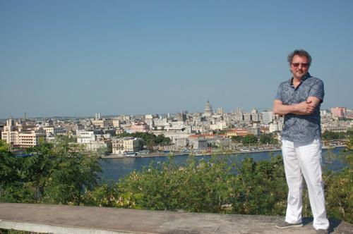 Curator Gary Galván in Cuba