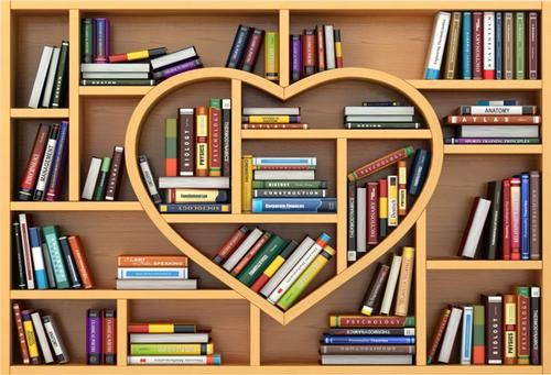 Books and a heart-shaped bookcase—the perfect pairing!
