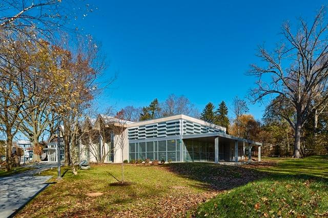 Lovett Memorial Library