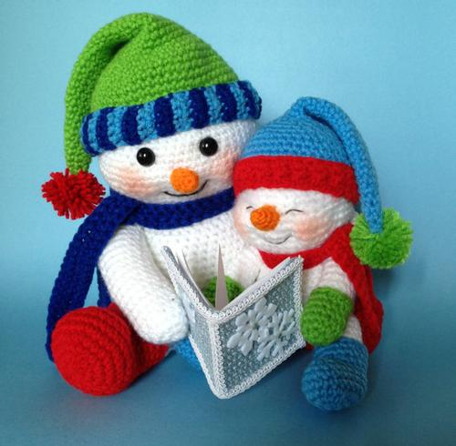 Cozy up with a warm book during one of these upcoming winter storytimes!