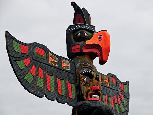 Thunderbird totem, Victoria, British Columbia