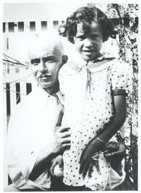 Julian Abele with daughter Nadia in the garden of their Philadelphia home