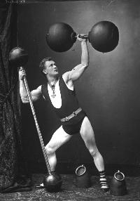 Sandow in one of his classic poses. Image Source: Getty.