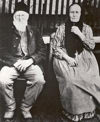 Edward L. Anthony and wife <br>at Anthony Grist Mill, 1918<br>Courtesy: Dave Anthony