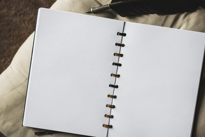 What can you desing on a blank page? (Photo: Katrina S., Pixabay)