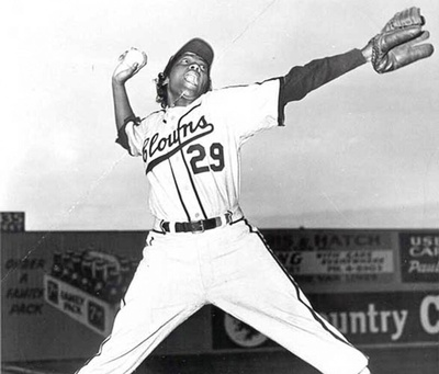 Toni Stone, playing for the Indianapolis Clowns, 1953.